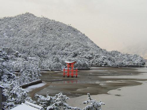 宮島の冬景色