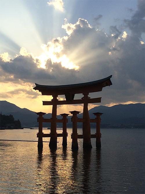 宮島の夕陽?